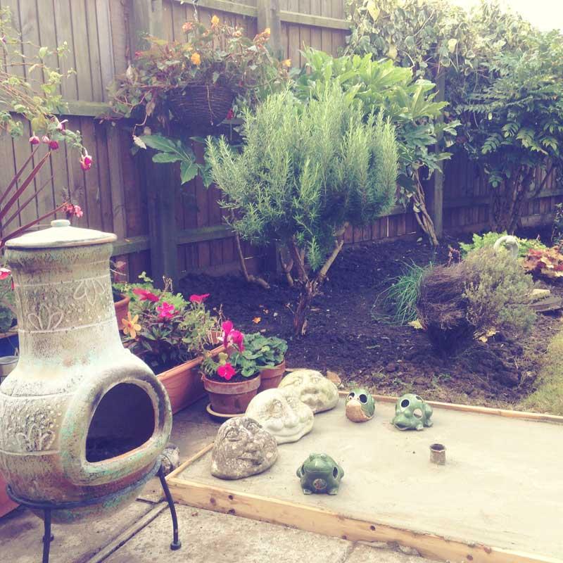garden_outdoor_fireplace