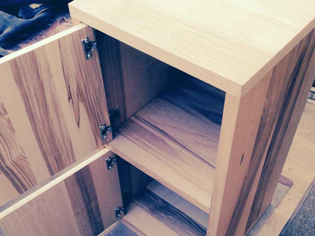 oak-small-cupboard-04